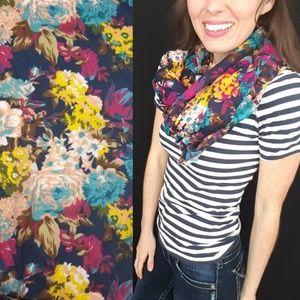 Aldo floral scarf -B6